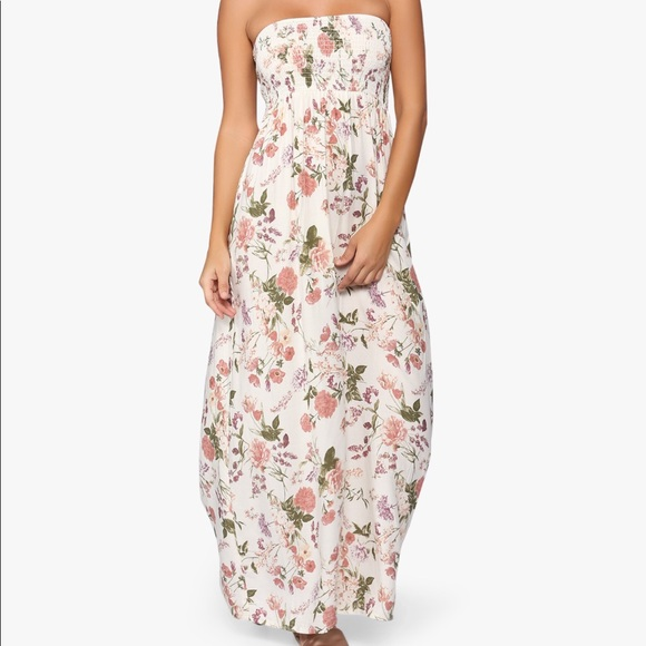 2e715efd066 Forever 21 Dresses   Skirts - Strapless white and pink floral maxi dress